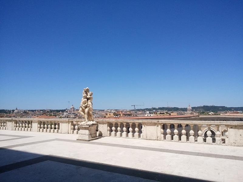 2017年5月26日クィリナーレ宮殿西屋上より、ローマ市街を望む